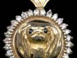 Pekingese-Head-Diamond-Bezel.jpg